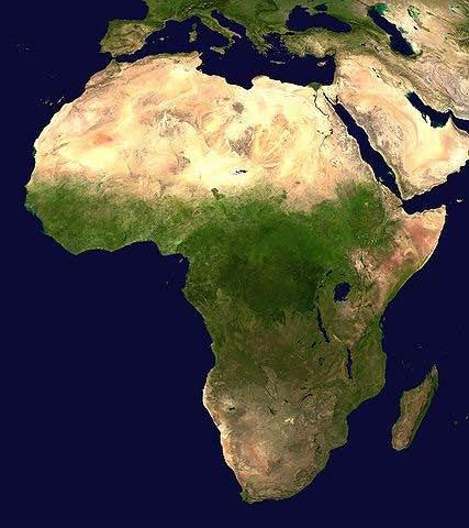 Mapa geográfico de África que muestra la frontera ecológica que determina a la región llamada subsahariana.