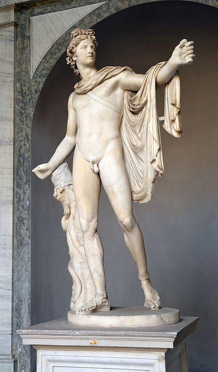 Estatua de Apolo Belvedere presente en el Museo Pio Clementino de la Ciudad del Vaticano.