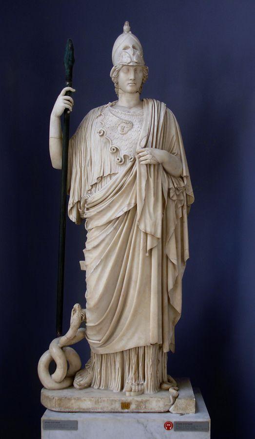 Atenea Giustiniani. Estatua de la diosa Atenea, encontrada en el templo de Minerva Medica perfectamente preservada y que se cree es una copia del la estatua realizada por Fidias.