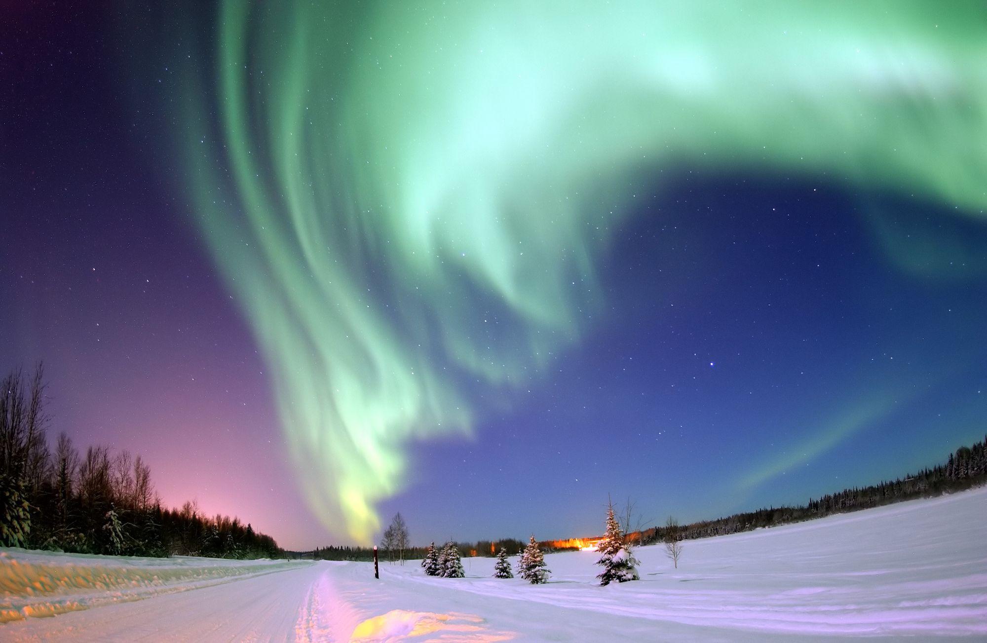 Aurora boreal captada en Alaska por una expedición de la Fuerza Aérea de Estados Unidos.
